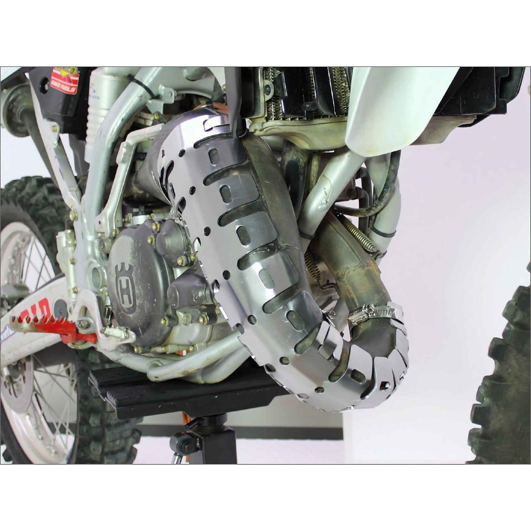 Accel exhaust pipe protection grid AC-MP-645 2stroke bikes